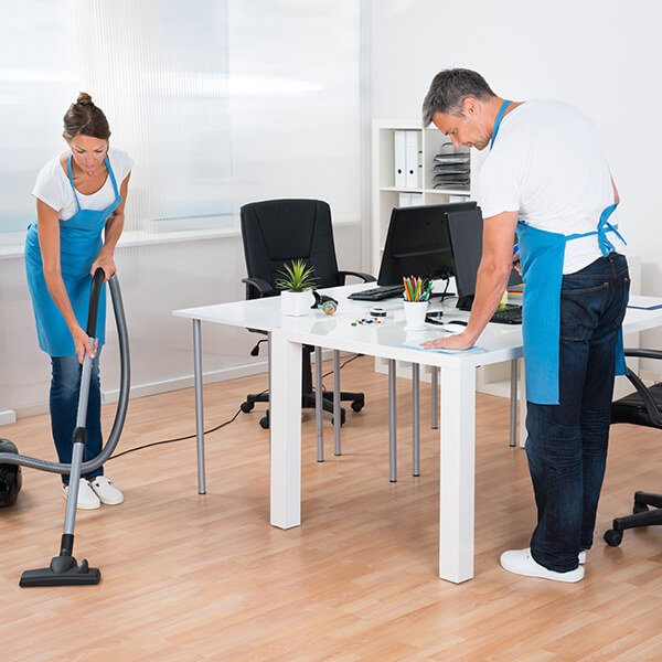 Limpieza<br /> de oficinas